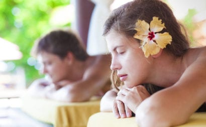 Couples Massage on your affordable honeymoon and vacation