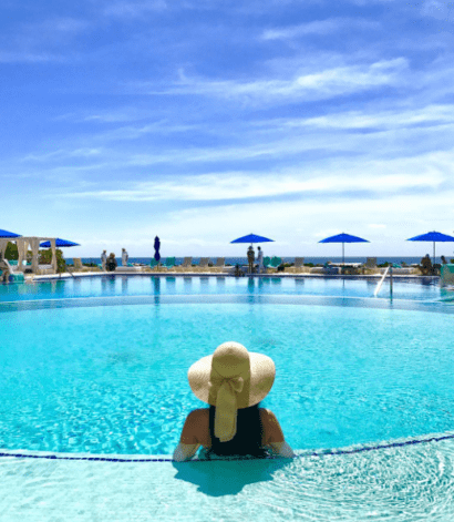 swim up bar live aqua solo travel