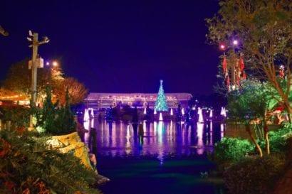 Disney Christmas - landscape