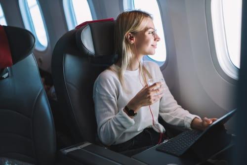 spring travel millennial