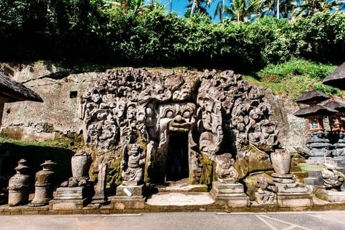 bali tour 4 - elephant cave edit