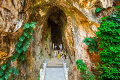 vietnam marble mountains