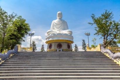 vietnam long son pagoda