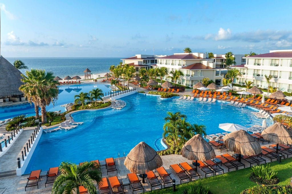 moon palace cancun cover