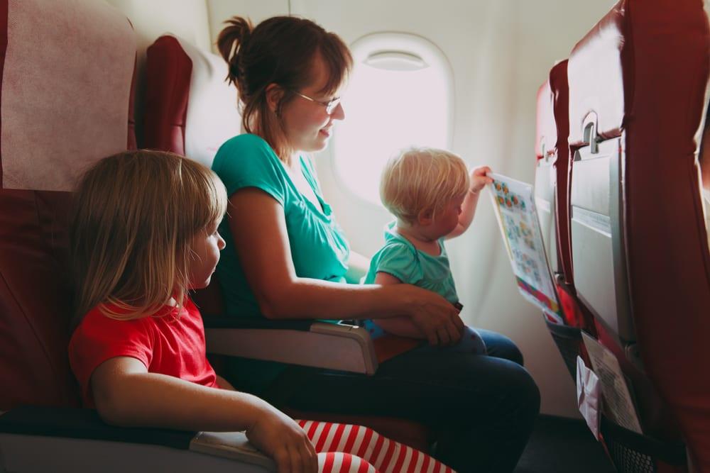 kids on plane