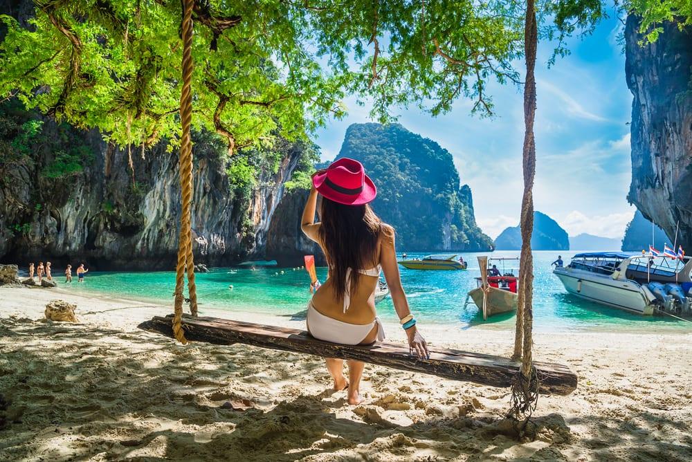 women in travel industry