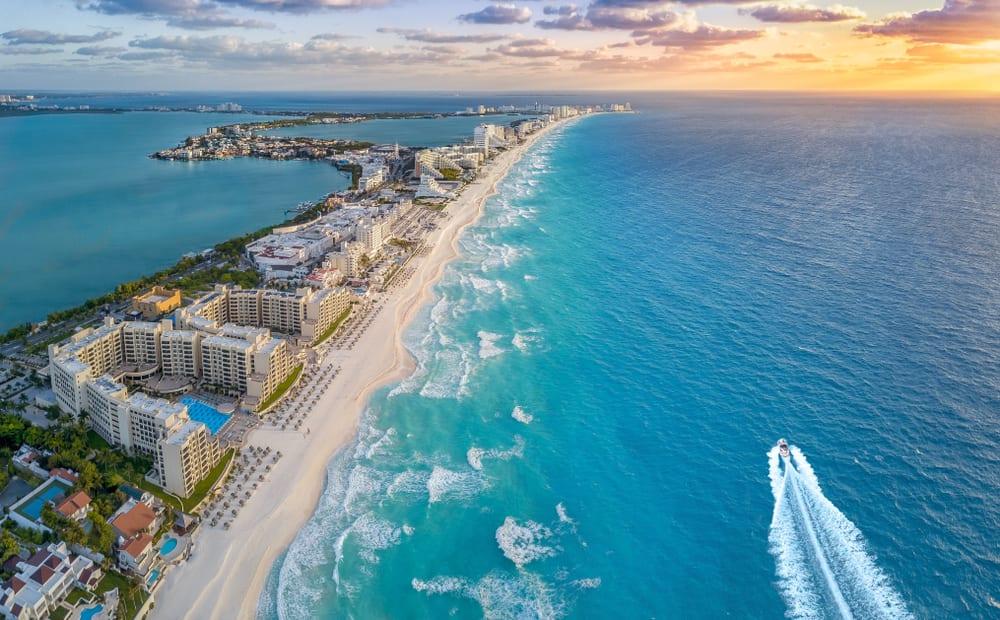 Hurricane Delta Update for Cancun & Riviera Maya