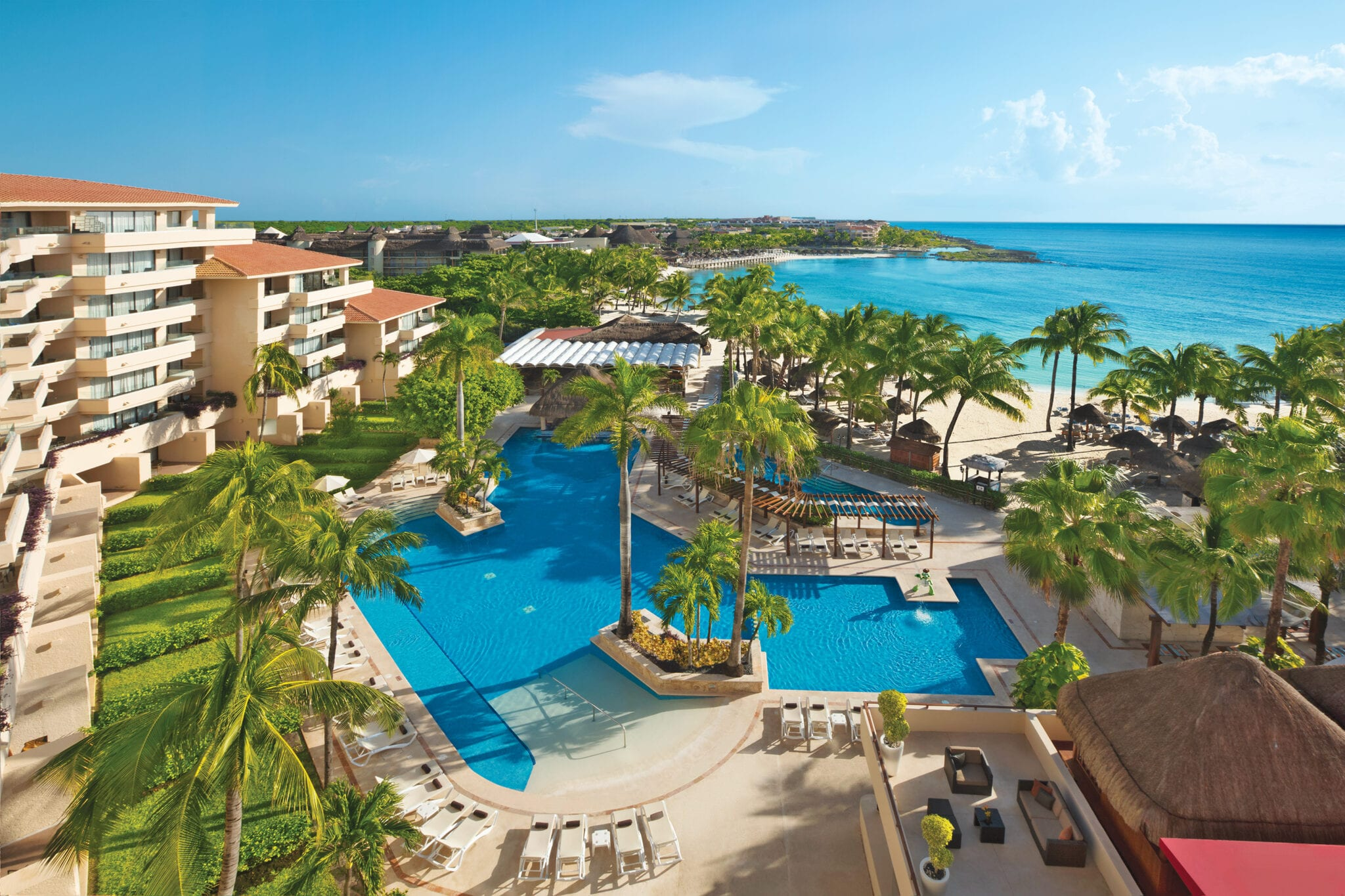 AMResorts properties: dreams puerto aventuras