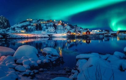 7 Reasons to Visit Iceland the northern lights iceland
